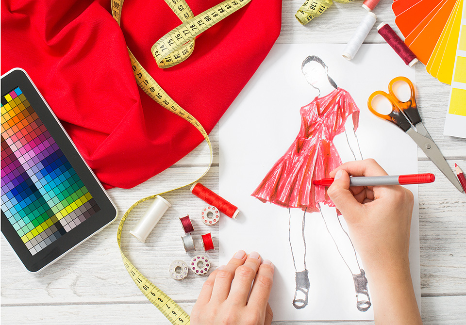 What Should I Study to Become a Fashion Designer 49